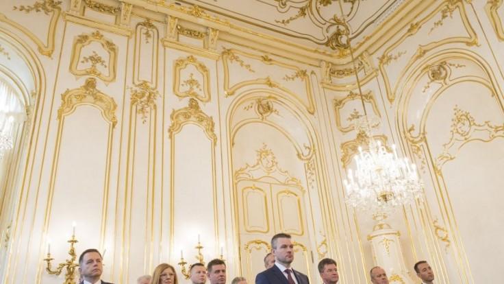 Slovenskú a českú vládu čaká v septembri spoločné rokovanie