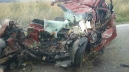 Chevrolet sa zrazil s nákladiakom, ženská posádka zahynula