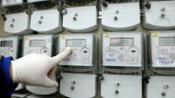 Slováci platia za energie menej, ich cenu predražujú poplatky