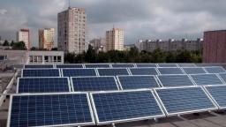 Peking podal sťažnosť na WTO, dôvodom sú clá na solárne panely
