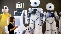 Robotický barman či netopier. Čína predstavila technické novinky