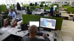 Podľa OECD až 60 percent pracovníkov môžu nahradiť počítače