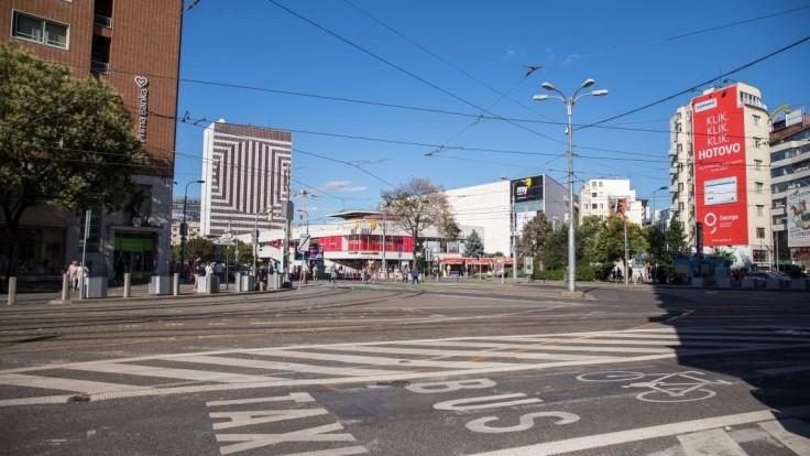 Rekonštrukcia hotela i nové námestie. Centrum Bratislavy čakajú zmeny