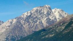 V Tatrách zahynuli dvaja slovenskí horolezci, neprežili pád zo skaly