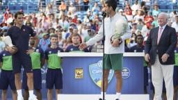 Zbierku trofejí už má kompletnú. Nole v Cincinnati zdolal Federera