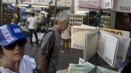 Úspech, tvrdí EÚ o záchrane Grécka. Odborníci sú skeptickejší