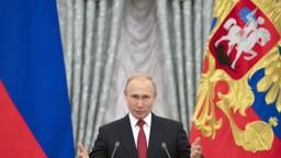 Neospravedlnil sa za inváziu do Československa, vyčítajú Putinovi