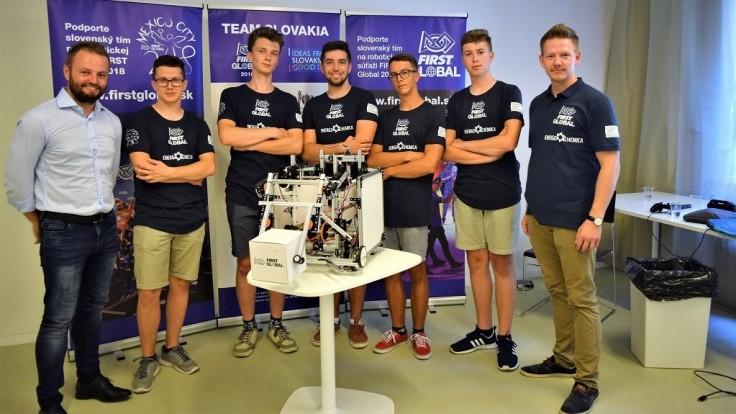 Naši študenti získali prestížnu cenu na robotickej olympiáde v Mexiku