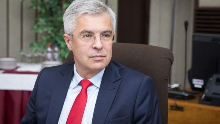 Štátny tajomník na MZV končí, mieri do Washingtonu