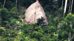 Pohľad do praveku. Dron nakrútil izolovaný amazonský kmeň