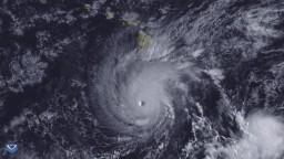 Havaj očakáva hurikán, Japonsko a Kórea tajfúny