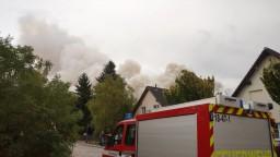 Evakuovali obyvateľov troch obcí, požiar sa rozšíril mimoriadne rýchlo