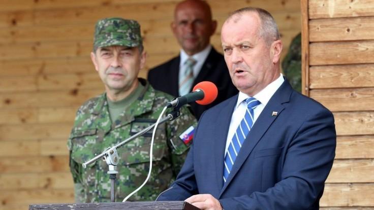 Fotogaléria: Minister obrany vítal vojakov zo zahraničných misií