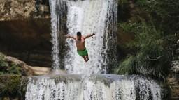 Havárie, turistika či potápanie. Aj to sú dôvody úmrtí Slovákov
