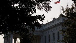Sankcie za otrávenie Skripaľa platia, Rusko obvinenia odmieta