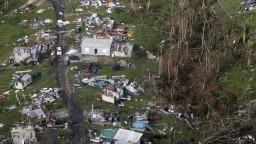 Upresnili počet obetí hurikánu Mária, vyžiadal si tisícky životov