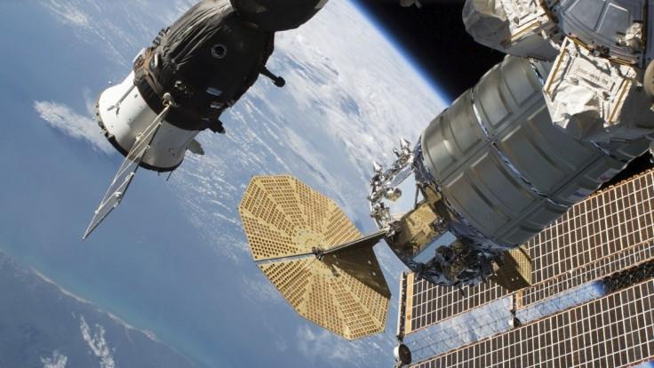 Na ISS došlo k mimoriadnej situácii, začal tam unikať vzduch