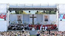 Tisícky veriacich sledovali blahorečenie Anny Kolesárovej