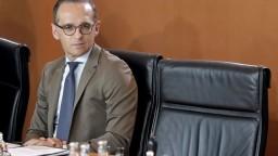 Nenúťme štáty EÚ prijímať migrantov, odkazuje šéf nemeckej diplomacie