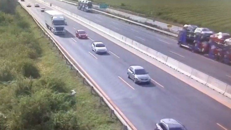 Polícia ukázala, ako vyzerá reťazová nehoda na diaľnici D1