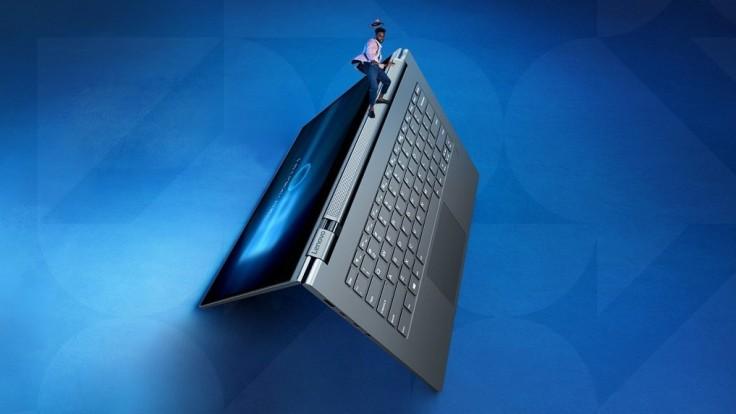 Konvertibilný notebook Yoga C930 sa chce odlíšiť od ostatných