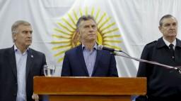 Argentínu sužuje finančná kríza, niekoľko ministerstiev zanikne