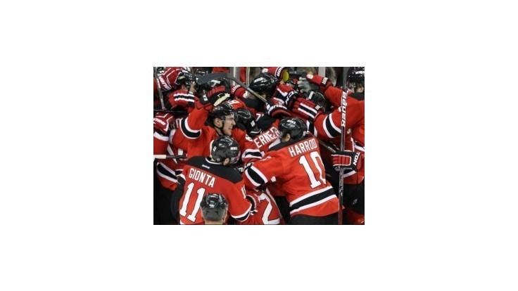 New Yersey Devils zdolali Rangers a postupujú do finále play-off NHL