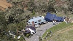 Po ničivom tajfúne udrelo zemetrasenie, z Japonska hlásia obete