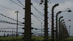 Na holokaust nemožno zabudnúť, osobnosti čítali mená obetí