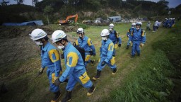 Japonsko sa spamätáva zo zemetrasenia, počet obetí stúpa