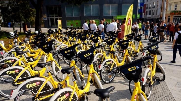 V Bratislave spustili zdieľanie bicyklov. Pozrite si, ako funguje