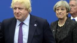 Johnson prirovnal Mayovej plán brexitu k samovražednej veste