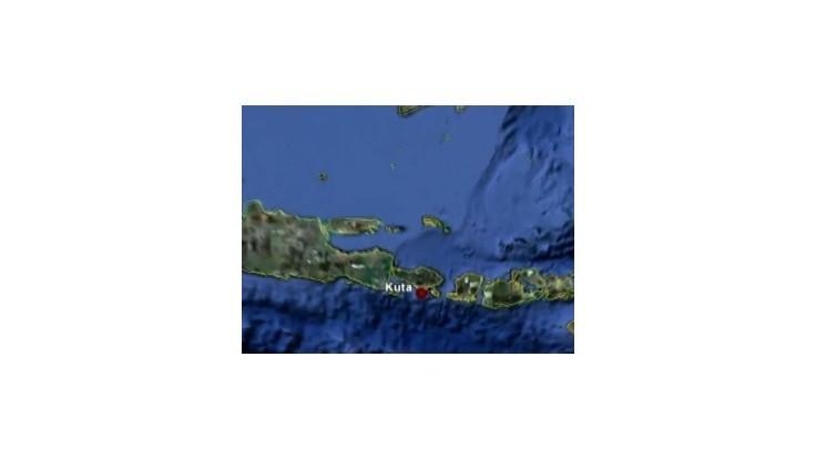 Indonézsky ostrov Bali postihlo silné zemetrasenie