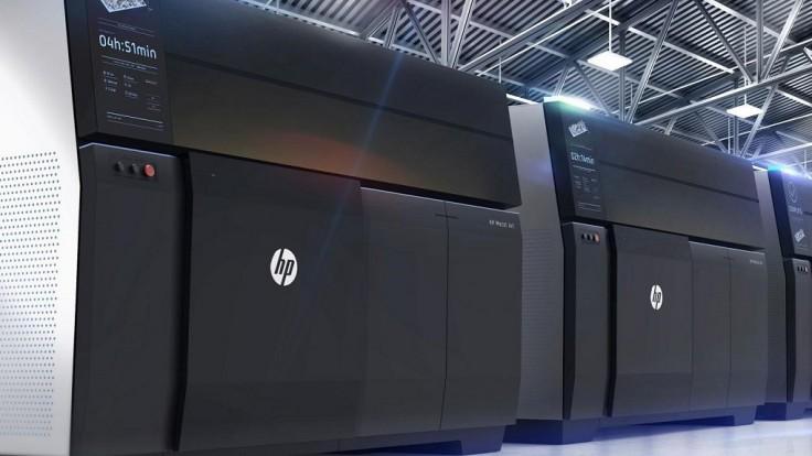 Nová 3D tlačiareň HP tlačí kovové súčiastky pre sériovú výrobu