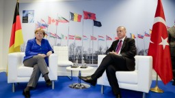 Ukončia Merkelová a Erdogan napätie? Analytici sú skeptickí