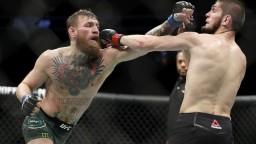 Nurmagomedov obhájil titul UFC, duel sa skončil škandálom