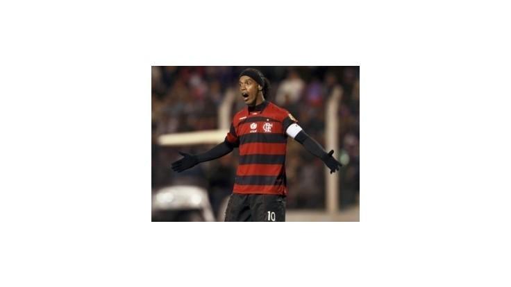 Ronaldinho žaluje Flamengo, žiada milióny dolárov