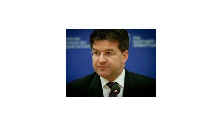 Kontroverzné otázky vyriešime priateľsky, dohodol Lajčák v Maďarsku