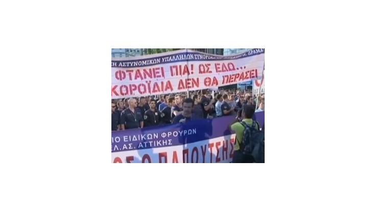 Atény zasiahol nový štrajk gréckej verejnej dopravy