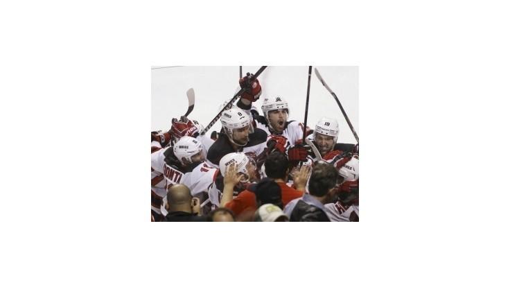 """Kings nevyužili """"matchball"""", Devils znížili stav série na 3:1"""