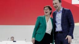 Novou šéfkou CDU sa po tesnom hlasovaní stala Annergret Karrenbauer
