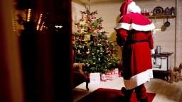 Deťom tvrdil, že Santa Claus neexistuje. Skončil za mrežami