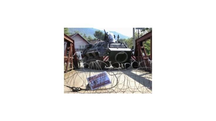 Autá so srbskými poznávacími značkami sa do Kosova nedostanú