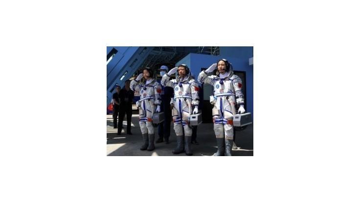 Čína má vo vesmíre prvú kozmonautku
