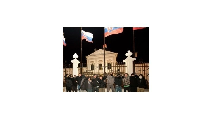 Pochod proti eurovalu skončí pred Prezidentským palácom
