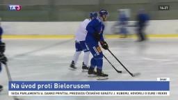 Slovenskí hokejoví reprezentanti vstúpia na úvod proti Bielorusom