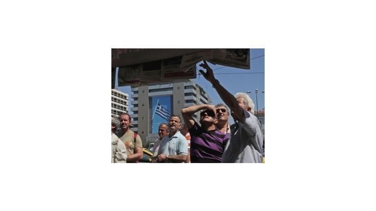 Do gréckych bánk začínajú opäť prúdiť vklady