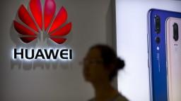 USA chcú zničiť Huawei, tvrdí jej šéf. Za zatknutím dcéry vidí politiku