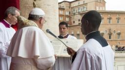 Predátori skončia. Pápež zverejnil opatrenia proti pedofílii