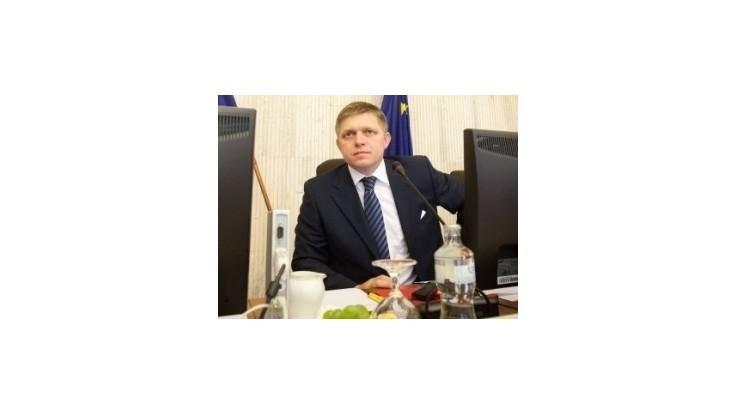 Fico: Pri príjme nad 3246 eur sa daň zvýši o 6 percent
